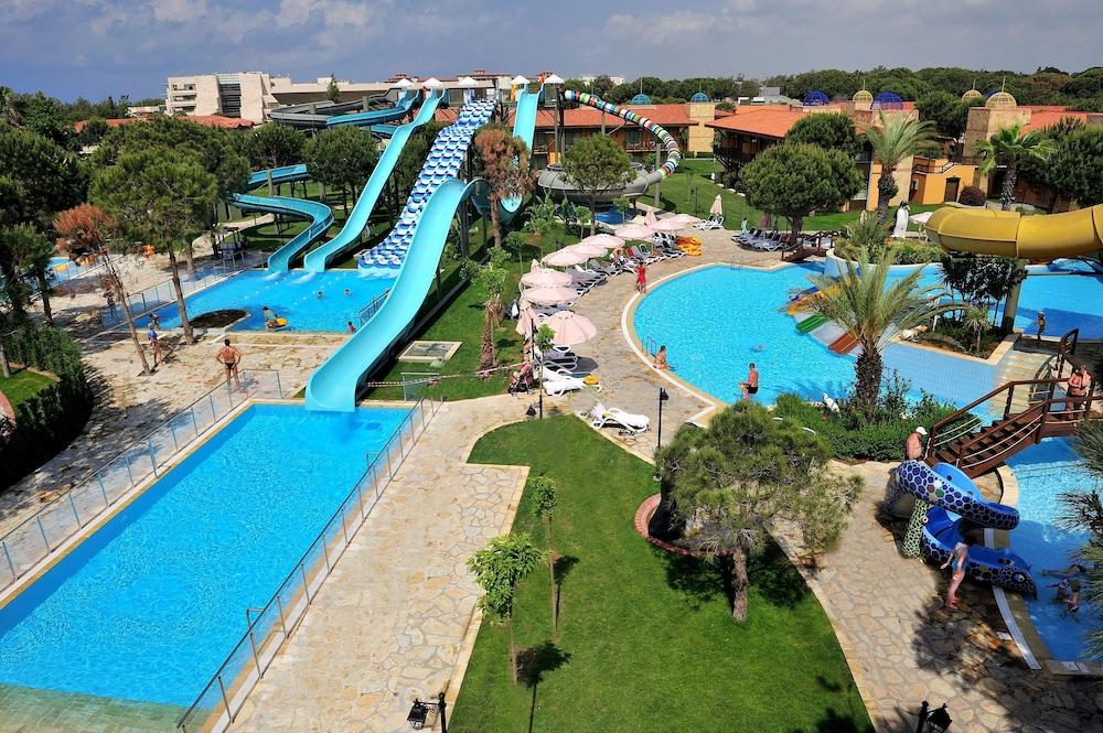 글로리아 골프 리조트(Gloria Golf Resort) Hotel Image 26 - Outdoor Pool
