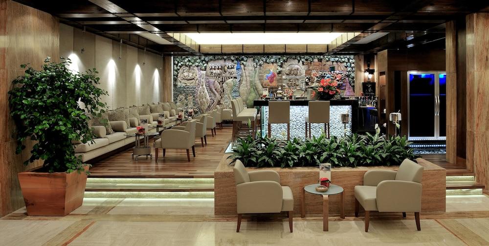 글로리아 골프 리조트(Gloria Golf Resort) Hotel Image 36 - Lobby Lounge