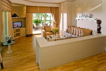 글로리아 골프 리조트(Gloria Golf Resort) Hotel Image 16 - Living Room