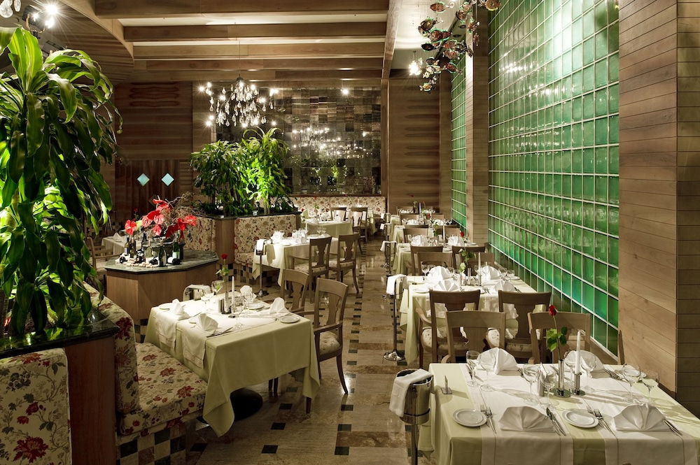 글로리아 골프 리조트(Gloria Golf Resort) Hotel Image 54 - Restaurant