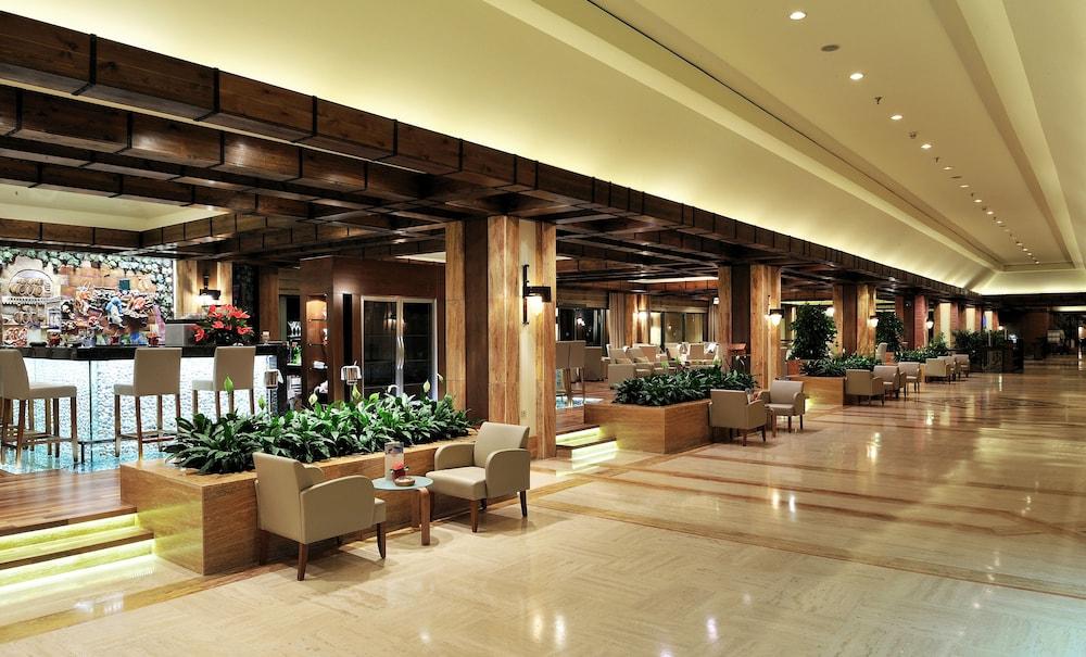 글로리아 골프 리조트(Gloria Golf Resort) Hotel Image 2 - Lobby Lounge