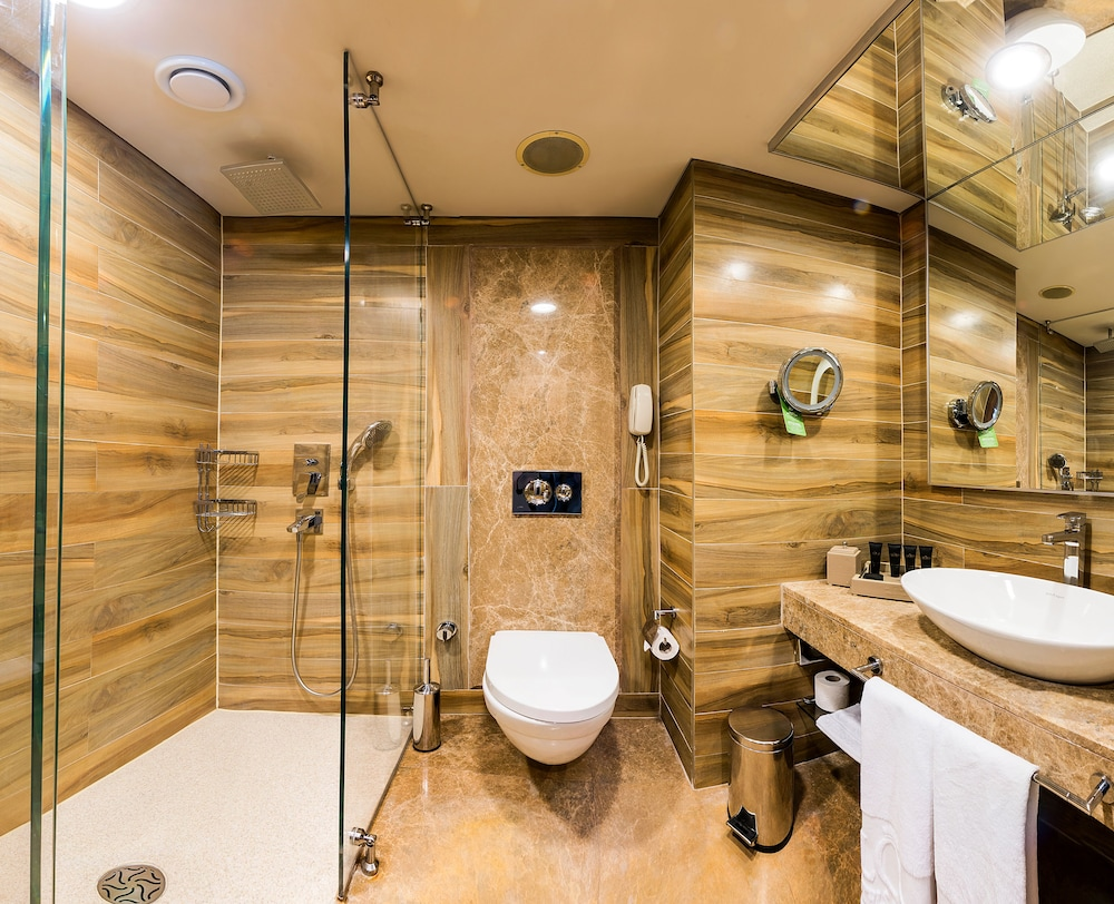 글로리아 골프 리조트(Gloria Golf Resort) Hotel Image 21 - Bathroom