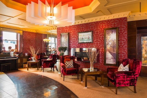 . Benners Hotel