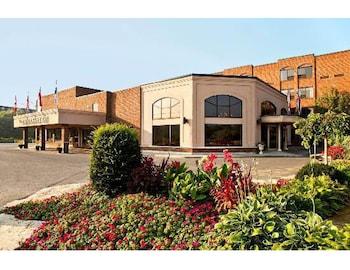 Hotel - Ambassador Hotel & Conference Centre