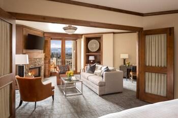 Suite, 1 Bedroom, Valley View