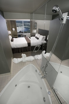 Standard 1 king heart shape Jacuzzi tub 10 and 12th floor only