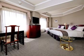 コーナー デラックス ツイン ルーム(禁煙)|42㎡|倉敷ロイヤルアートホテル