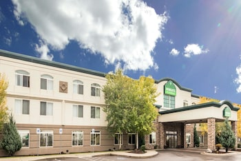 Missoula Vacations - Wingate by Wyndham Missoula Airport - Property Image 1