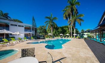 Hotel - Toby's Resort