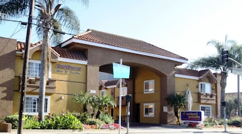 Hotel - Sunburst Spa & Suites Motel