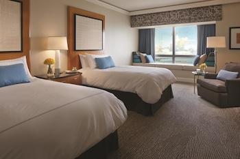 Premier Bay View Room