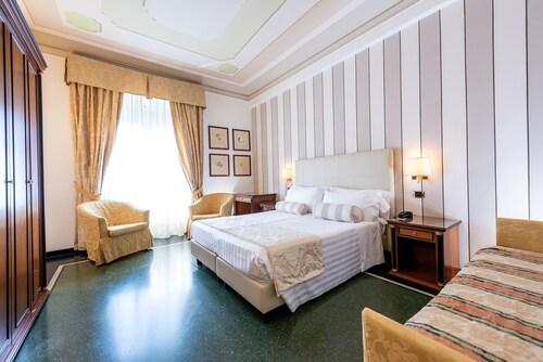 Hotel Jolanda, Genova