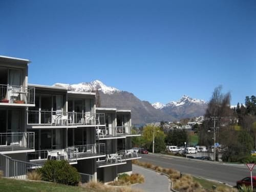 . Whistler Holiday Apartments
