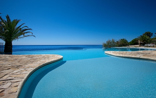 __{offers.Best_flights}__ Hotel Costa Dei Fiori