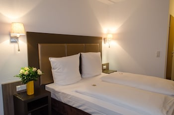 Double or Twin Room, Kitchenette