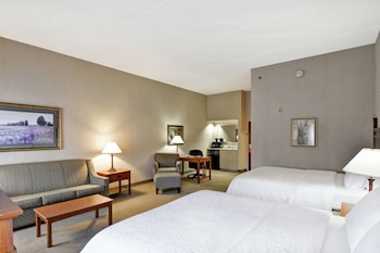 Suite, Two Queen Beds, Non-Smoking