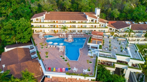 . Park Royal Beach Huatulco – All Inclusive