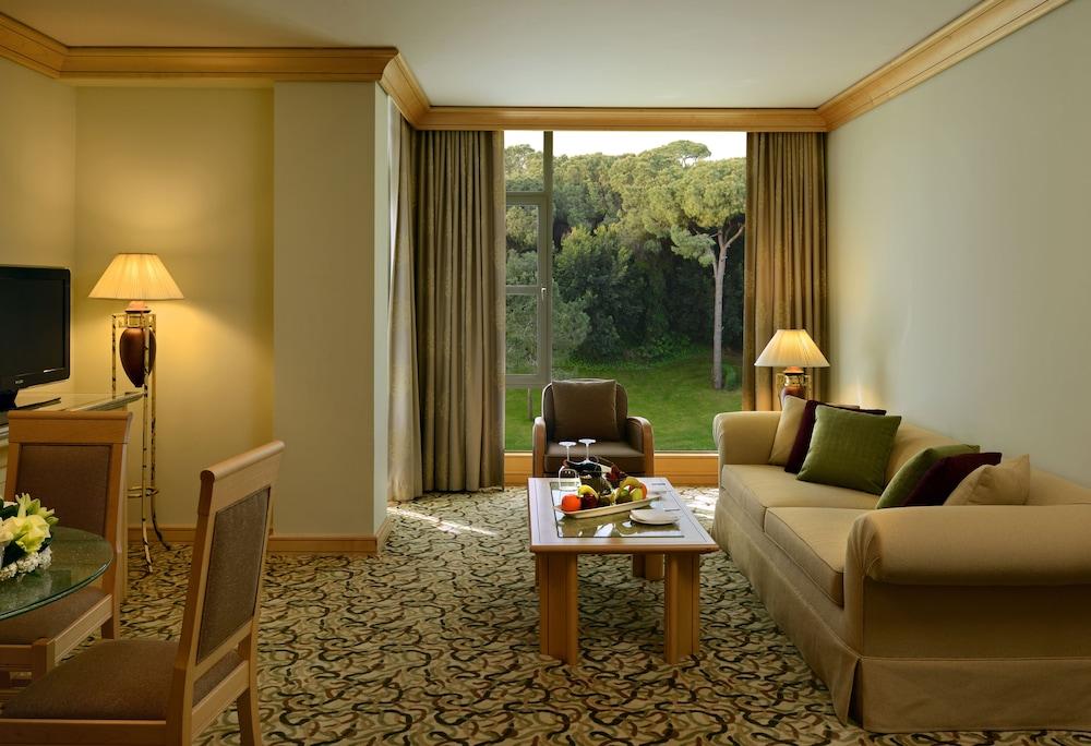 글로리아 베르데 리조트(Gloria Verde Resort) Hotel Image 17 - Living Room