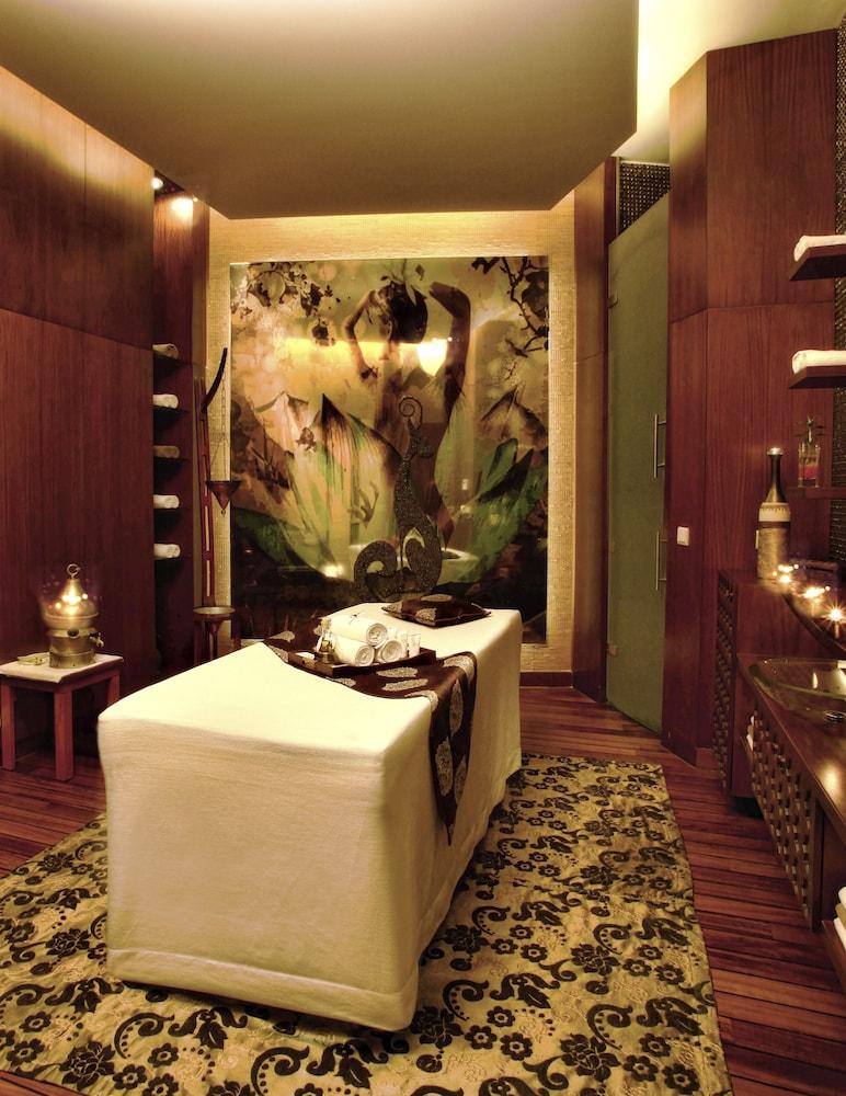 글로리아 베르데 리조트(Gloria Verde Resort) Hotel Image 41 - Treatment Room