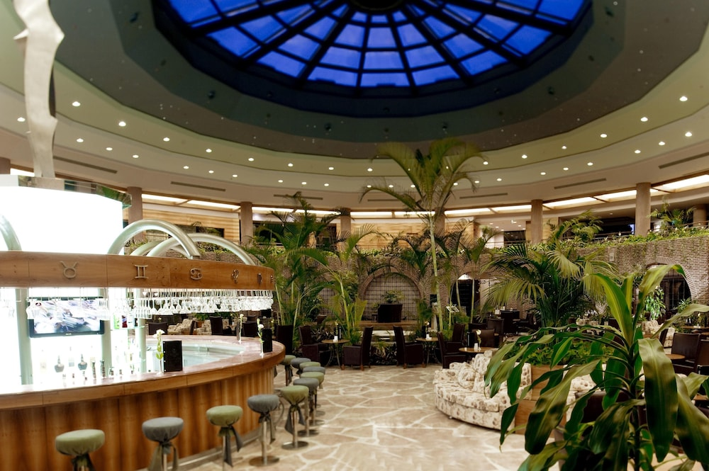 글로리아 베르데 리조트(Gloria Verde Resort) Hotel Image 54 - Hotel Bar