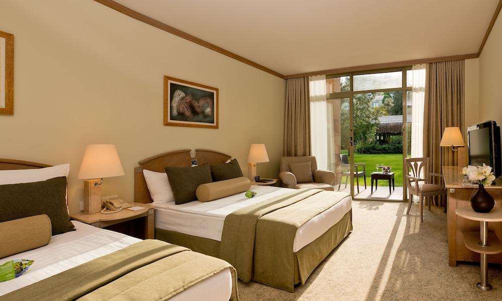 글로리아 베르데 리조트(Gloria Verde Resort) Hotel Image 4 - Guestroom