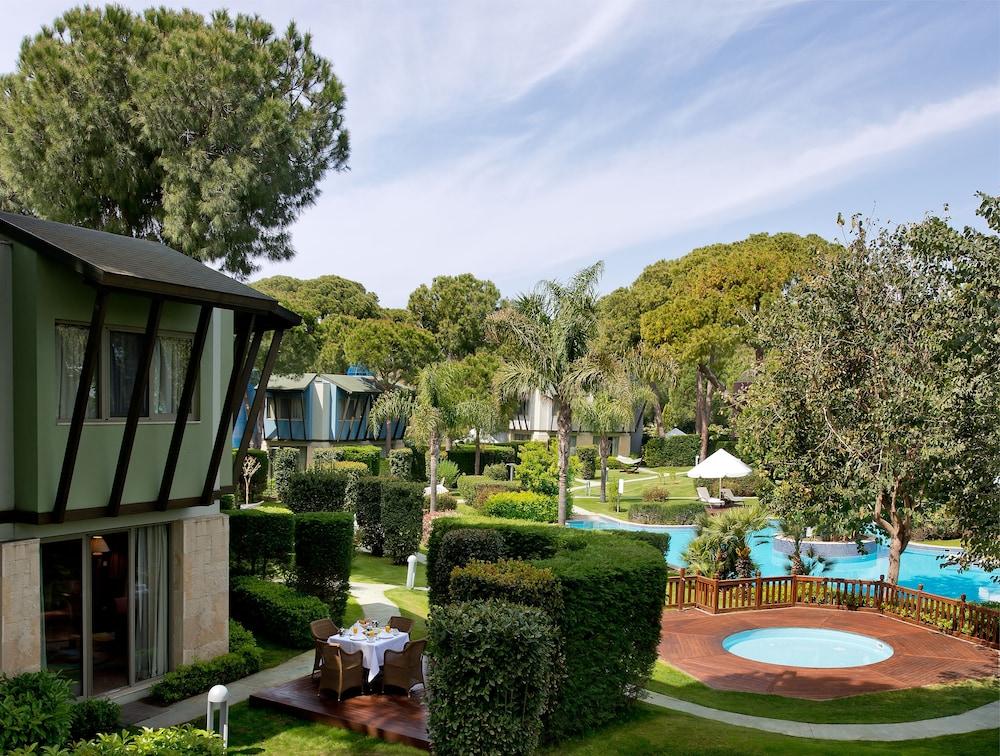 글로리아 베르데 리조트(Gloria Verde Resort) Hotel Image 67 - Exterior