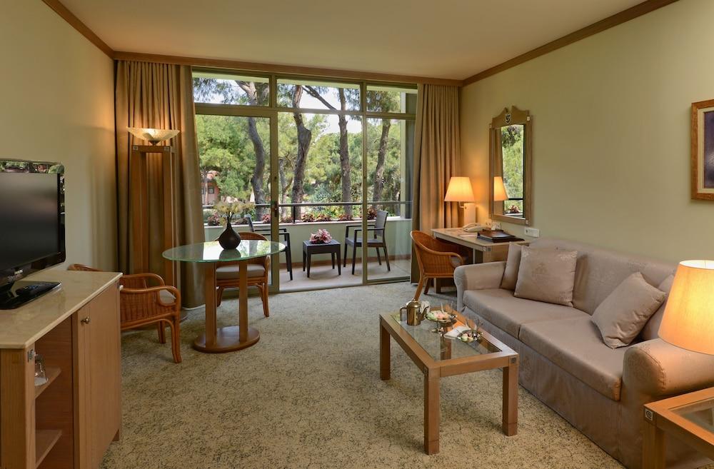 글로리아 베르데 리조트(Gloria Verde Resort) Hotel Image 15 - Living Room