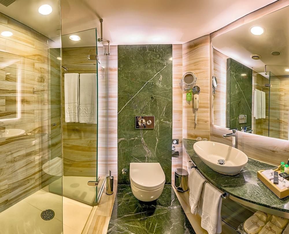 글로리아 베르데 리조트(Gloria Verde Resort) Hotel Image 23 - Bathroom