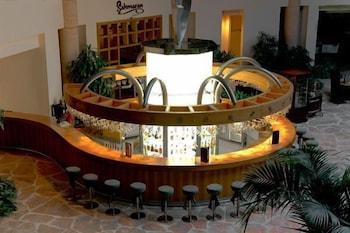 글로리아 베르데 리조트(Gloria Verde Resort) Hotel Image 56 - Hotel Bar