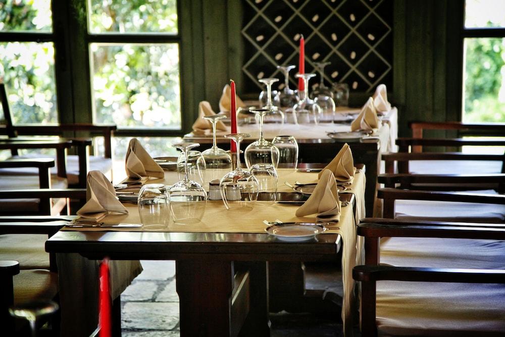 글로리아 베르데 리조트(Gloria Verde Resort) Hotel Image 52 - Restaurant