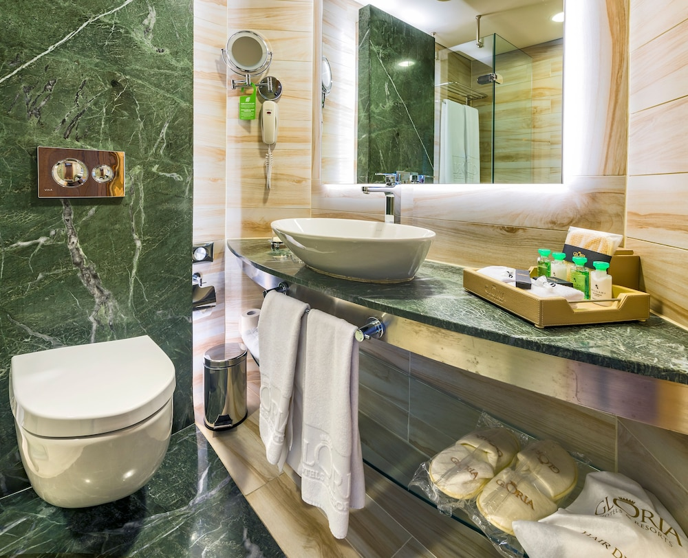 글로리아 베르데 리조트(Gloria Verde Resort) Hotel Image 24 - Bathroom