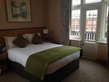 Essential Worker Room Type