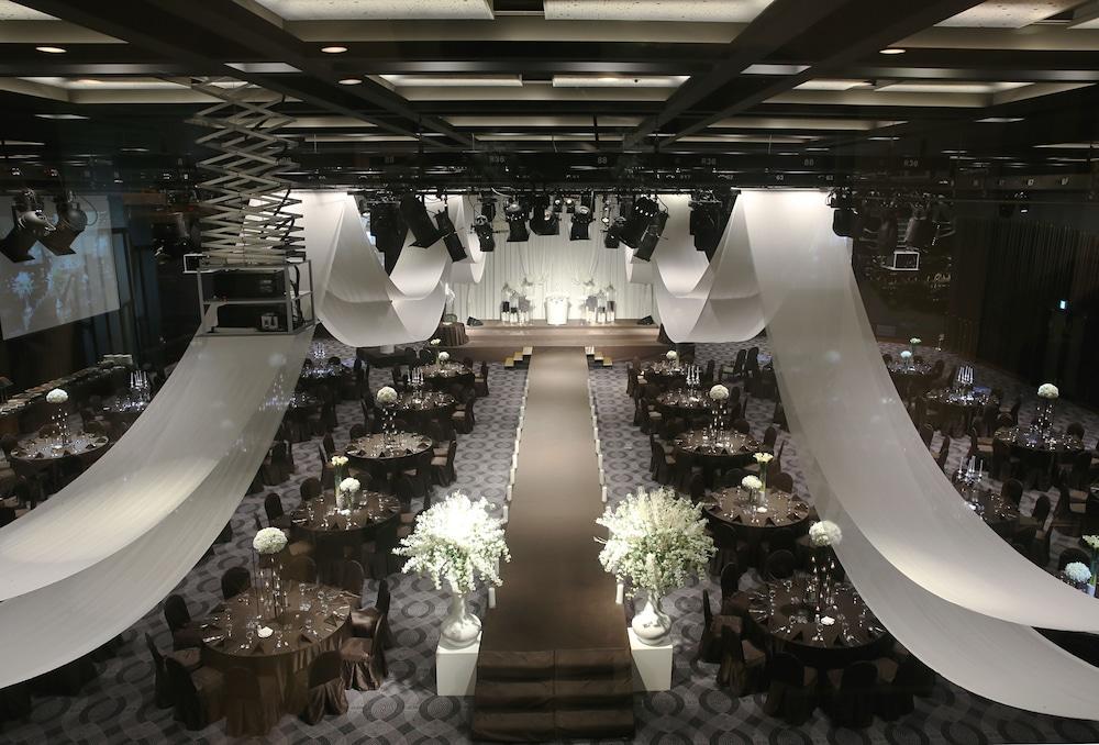 라마다 플라자 제주 오션 프론트(Ramada Plaza Jeju Ocean Front) Hotel Image 110 - Indoor Wedding