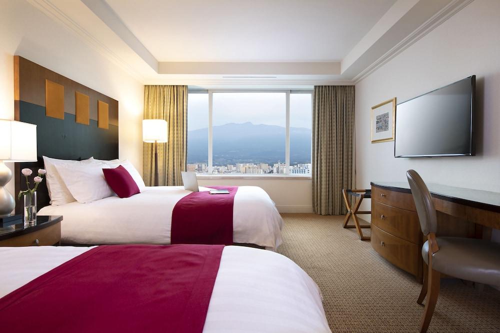 라마다 플라자 제주 오션 프론트(Ramada Plaza Jeju Ocean Front) Hotel Image 19 - Guestroom
