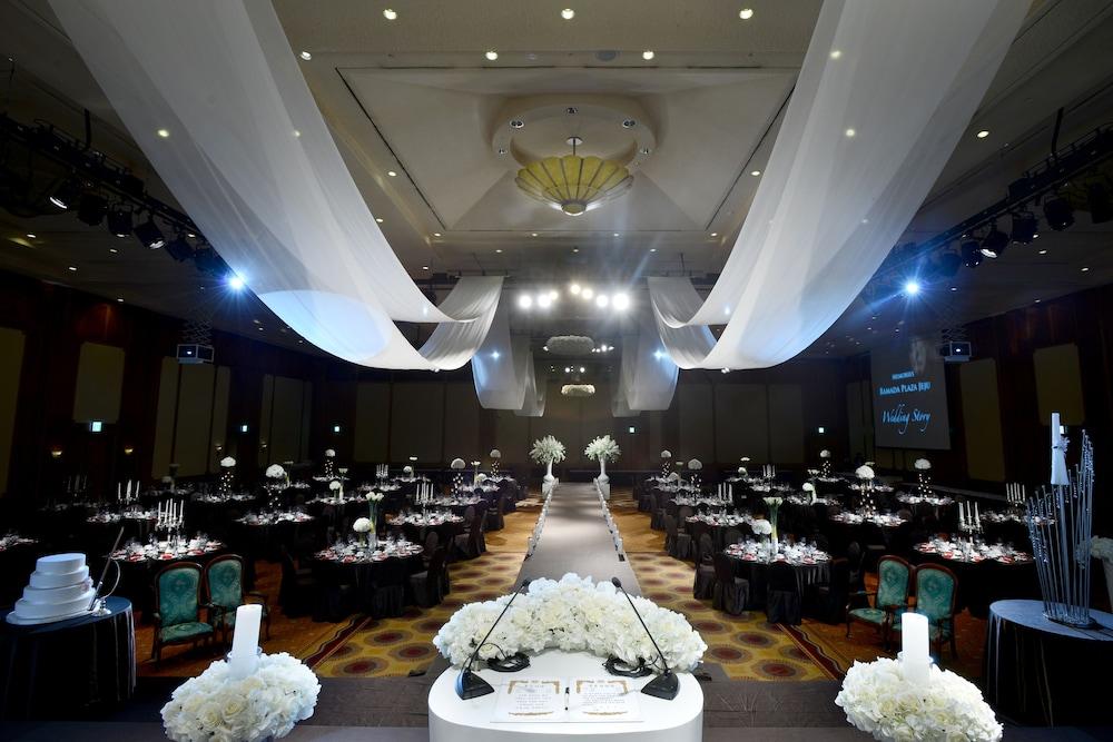 라마다 플라자 제주 오션 프론트(Ramada Plaza Jeju Ocean Front) Hotel Image 112 - Indoor Wedding