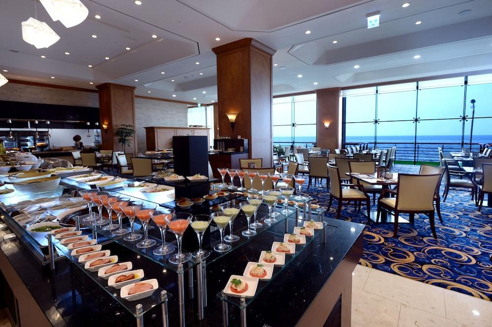 라마다 플라자 제주 오션 프론트(Ramada Plaza Jeju Ocean Front) Hotel Image 97 - Buffet