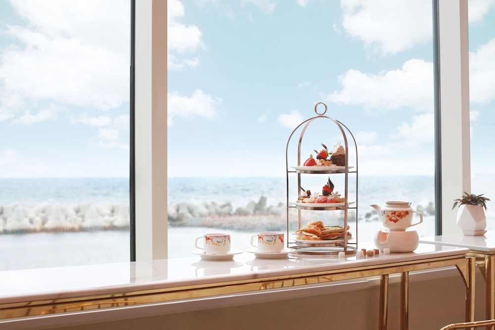 라마다 플라자 제주 오션 프론트(Ramada Plaza Jeju Ocean Front) Hotel Image 38 - Guestroom