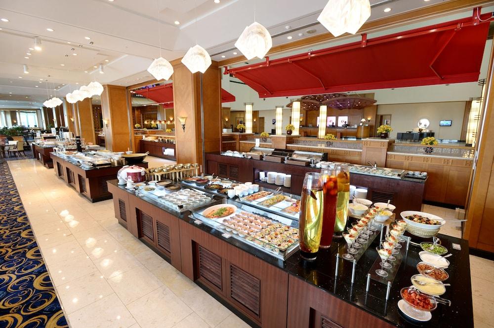 라마다 플라자 제주 오션 프론트(Ramada Plaza Jeju Ocean Front) Hotel Image 98 - Buffet