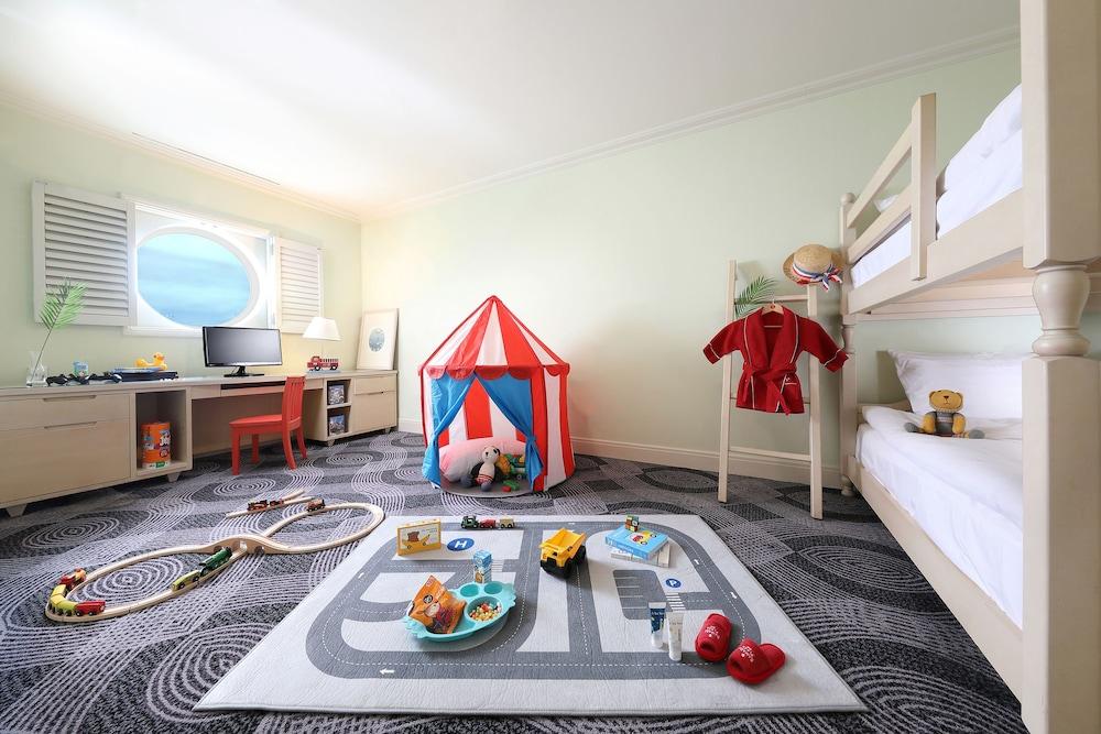 라마다 플라자 제주 오션 프론트(Ramada Plaza Jeju Ocean Front) Hotel Image 26 - Guestroom