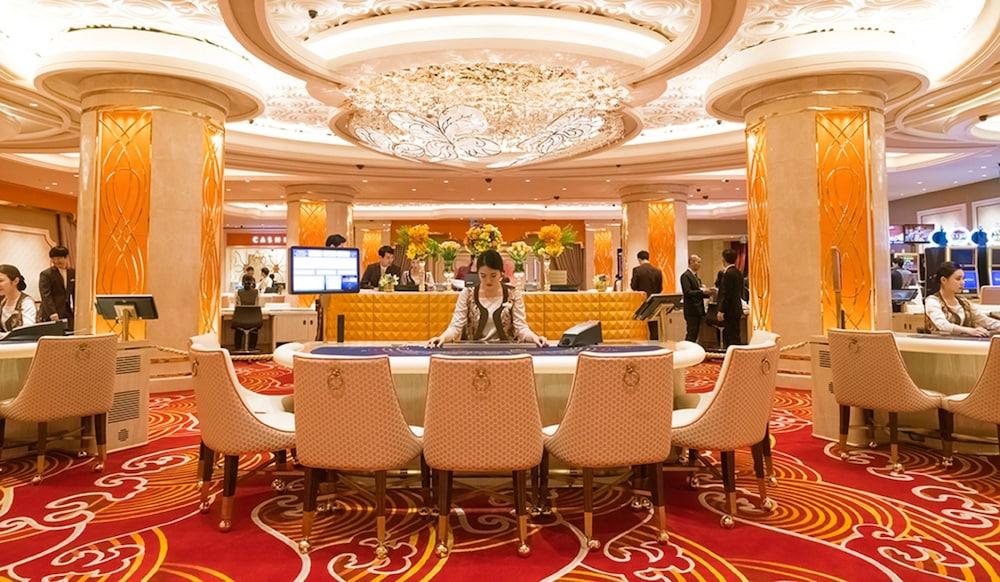 라마다 플라자 제주 오션 프론트(Ramada Plaza Jeju Ocean Front) Hotel Image 86 - Casino