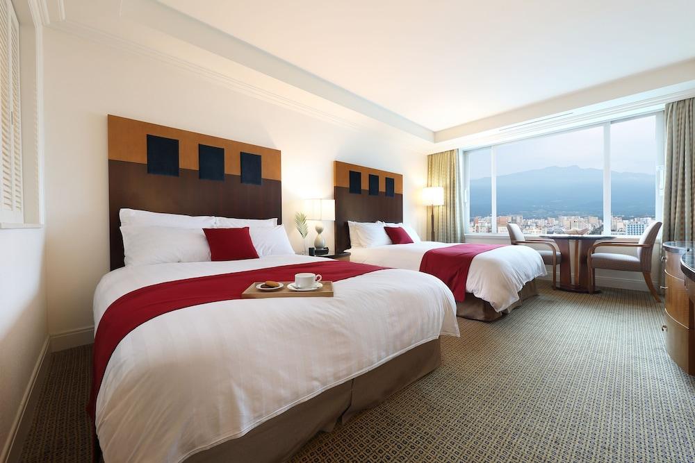 라마다 플라자 제주 오션 프론트(Ramada Plaza Jeju Ocean Front) Hotel Image 21 - Guestroom