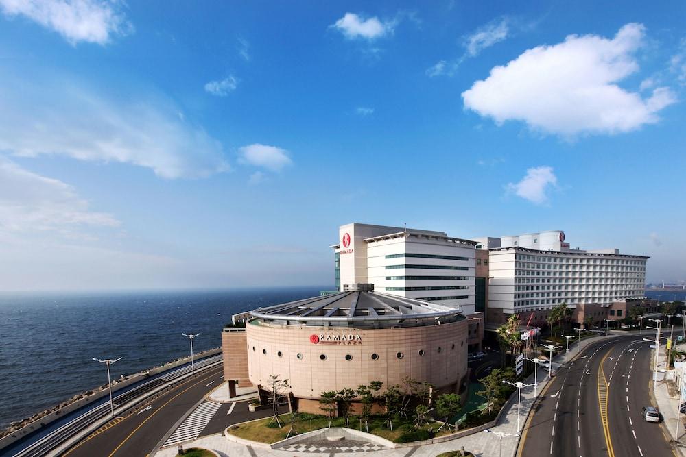 라마다 플라자 제주 오션 프론트(Ramada Plaza Jeju Ocean Front) Hotel Image 117 - Hotel Front