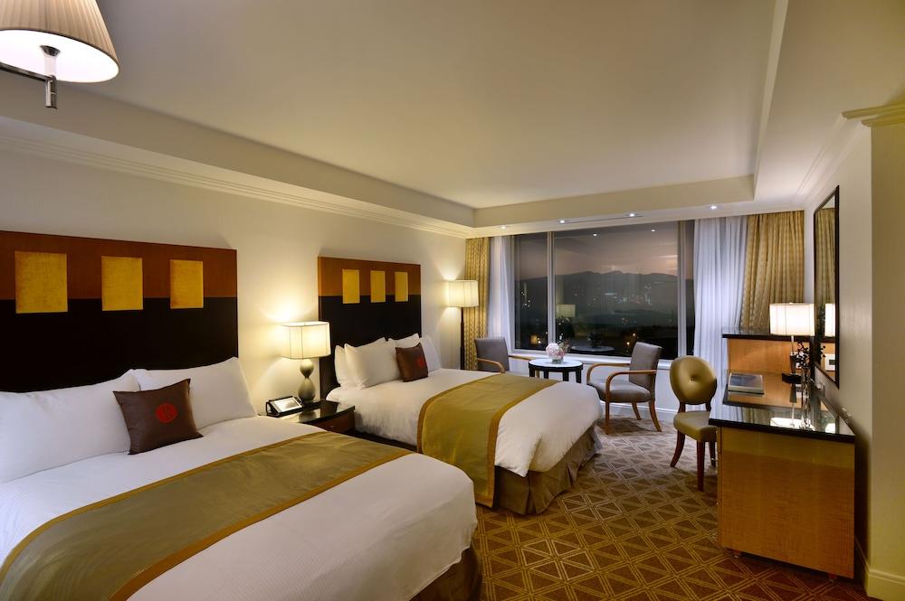 라마다 플라자 제주 오션 프론트(Ramada Plaza Jeju Ocean Front) Hotel Image 30 - Guestroom