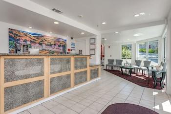 Hotel - Pacifica Beach Hotel