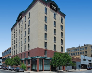 Hotel - Red Lion Inn & Suites Long Island City