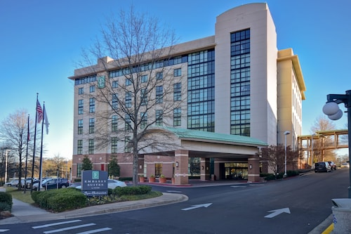 . Embassy Suites by Hilton Hot Springs Hotel & Spa