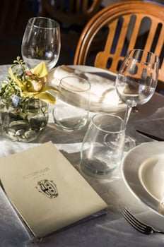 ホテル デグリ オラフィ