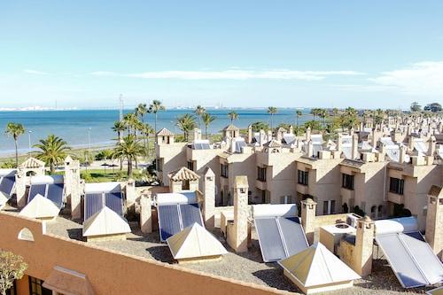 . Hotel Bahia Sur
