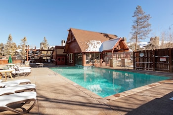 One Breckenridge Place Townhomes by Great Western Lodging - Outdoor Pool  - #0