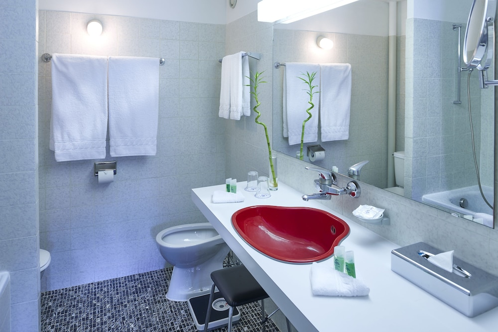 유로텔 빅토리아(Eurotel Victoria) Hotel Image 14 - Bathroom